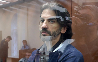 Суд продлил арест экс-министру Абызову