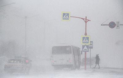 В Норильске из-за метели разрешили школьникам не посещать занятия