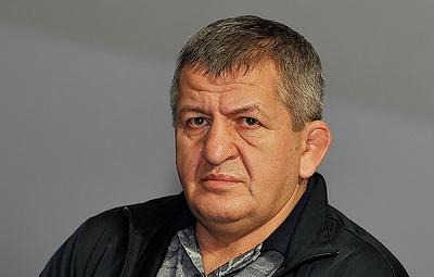 Отец Нурмагомедова не считает трагедией возможную отмену боя его сына с Фергюсоном