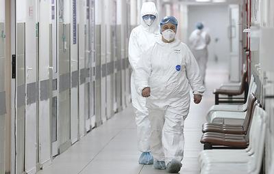 Больше трети заболевших коронавирусом в Москве - молодые люди от 18 до 40 лет
