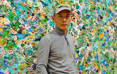 """Художник Чжан Хуань покажет на выставке в Эрмитаже серию """"Love"""", посвященную пандемии"""