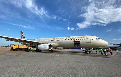 Самолет из ОАЭ с тестами и средствами защиты при коронавирусе прибыл в Грозный