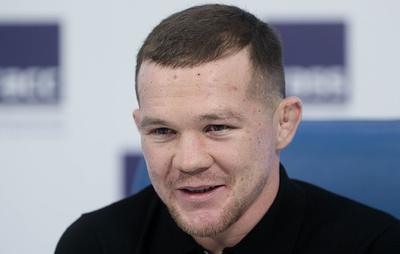 Чемпион из Сибири. Петр Ян нокаутировал Альдо и завоевал титул UFC