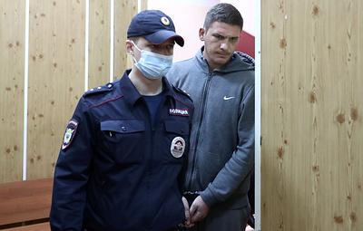 Суд отправил под домашний арест обвиняемого в нападении на росгвардейца в парке Горького