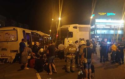 Фура столкнулась с автобусом в Тамбове
