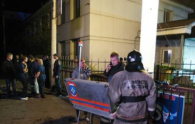 Источник: причиной пожара в клинике в Красноярске стало короткое замыкание в светильнике