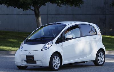 СМИ: Mitsubishi прекратит производство первого в мире серийного электромобиля i-MiEV