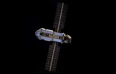 """Космонавты не смогли заменить элемент системы терморегулирования модуля """"Заря"""""""