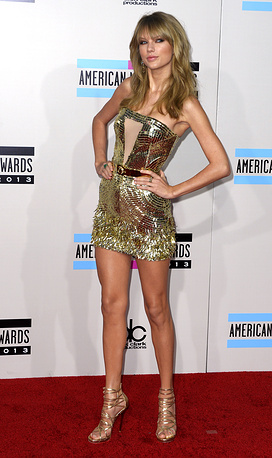 Тейлор Свифт 24 ноября 2013 на церемонии American Music Awards.