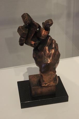 """""""Рука"""". Бронза. 1950-е гг."""