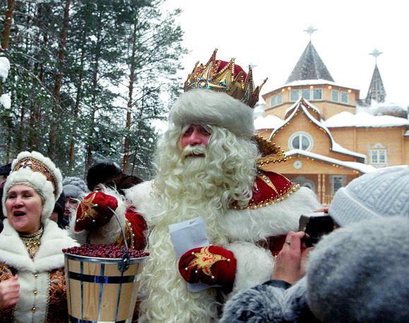 Дед Мороз в своей Вотчине под Великим Устюгом в 2002 году