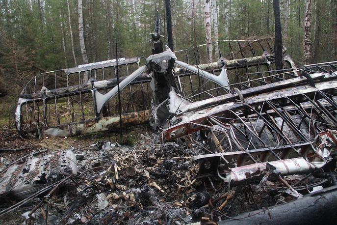 Обломки «Самолета-призрака» Ан-2, вылетевшего из Серова и пропавшего в ночь с 11 на 12 июня 2012 года. Их нашли спустя почти год недалеко от Серова. Среди обломков найдены останки 13 человек. 5 мая 2013 г.