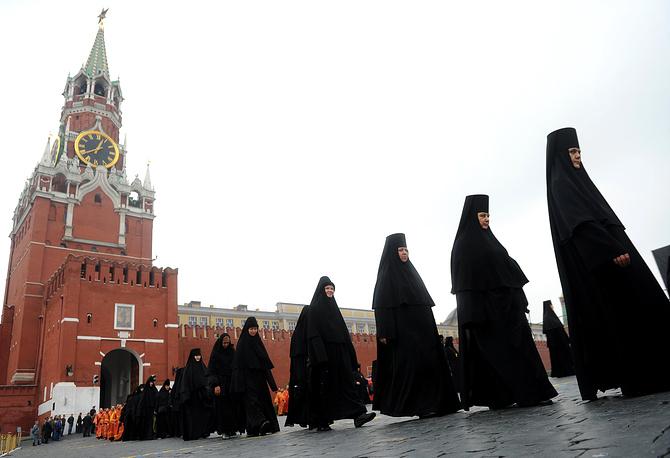 Крестный ход на Красной площади в День славянской письменности и культуры. 24 мая 2013 года