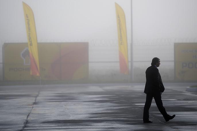 """""""Роснефть"""" закрыла сделку по покупке ТНК-ВР, сумма сделки составила около $60 млрд"""
