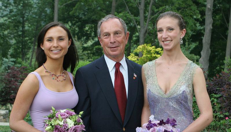 Майкл Блумберг с дочерьми