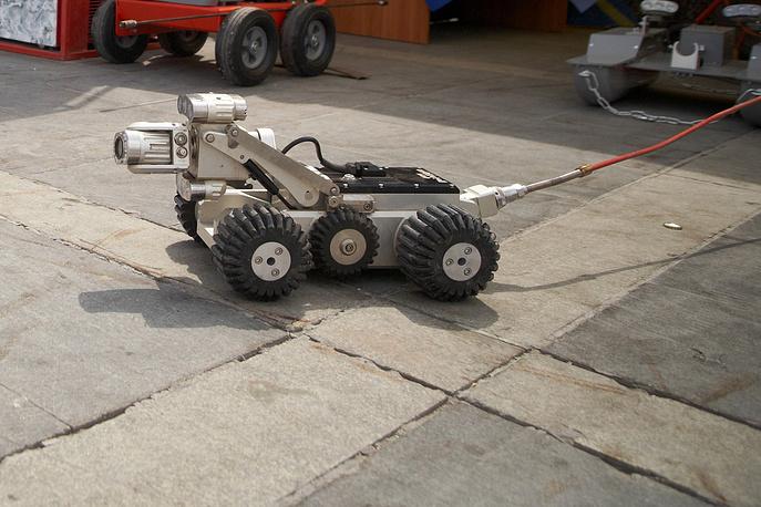Робот, при помощи которого производится разведка внутри труб