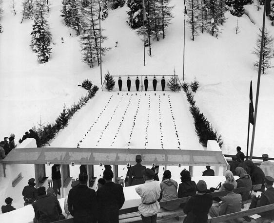 V зимние Олимпийские игры в Санкт-Мориц, Швейцария, 1948 год. Город во второй раз принимал зимнюю Олимпиаду. Первый раз этой чести он удостоился в 1928 году. После 20-летнего перерыва в основную программу игр вернулся скелетон