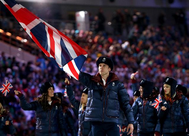 Никакого денежного вознаграждения не получат, в частности, спортсмены Великобритании, Норвегии, Швеции и Хорватии. На фото: сборная Великобритании на церемонии открытия Олимпийских игр