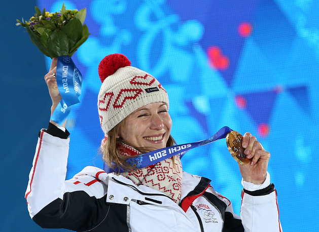 Биатлонистка Анастасия Кузьмина (29), сестра российского биатлониста Антона Шипулина, завоевавшая золото в спринтерской гонке на Олимпиаде в Сочи, до 2008 года выступала за сборную России. На Олимпиаде в Ванкувере и Сочи - в составе сборной Словакии