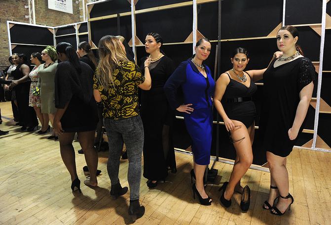 Бэкстейдж Plus Size Fashion Weekend в рамках недели моды в Лондоне