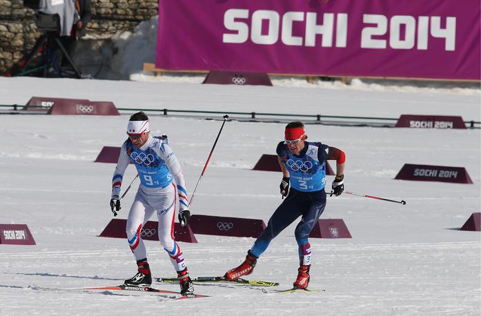 Спортсмены из Франции Иван Перрийя Буате и из России Максим Вылегжанин (слева направо)