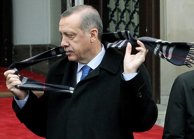 Эрдоган занимает должность премьер-министра в третий раз и готовится участвовать в президентских выборах в 2014 году