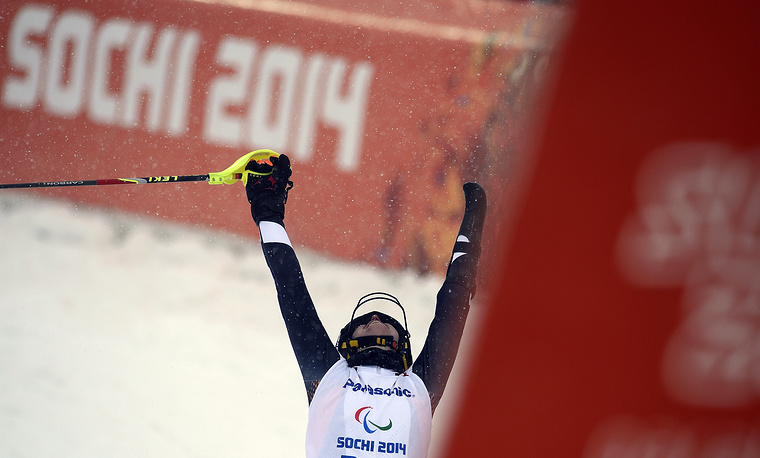 """Немецкая горнолыжница Андреа Ротфусс выиграла золото в слаломе в категории """"стоя"""""""