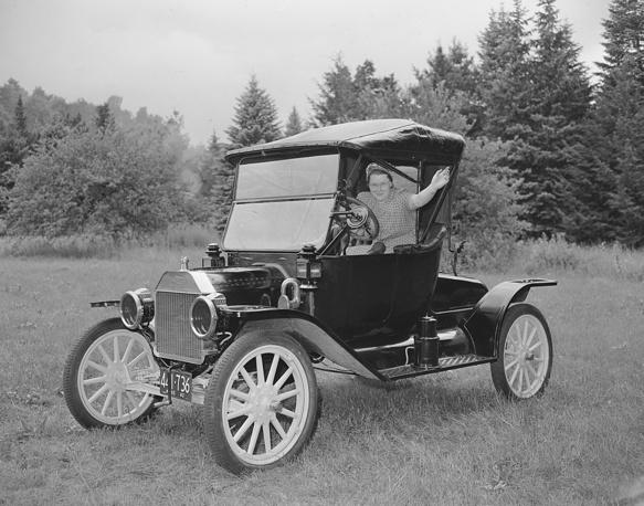 Легендарный Форд-Т, положившей начало автомобилизации Америки