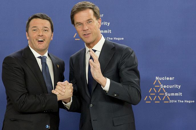 Премьер-министр Италии Маттео Ренци (слева) и премьер-министр Нидерландов Марк Рютте
