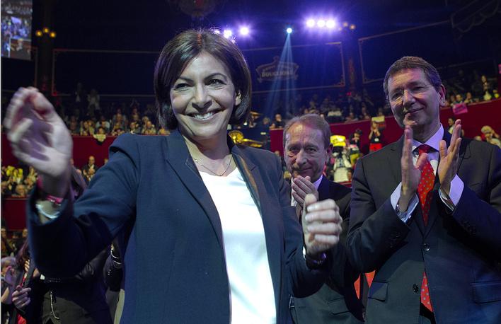 В 2014 году она стала кандидатом на пост мэра от Социалистической партии (член СП с 1994 года)