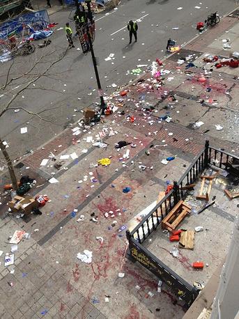 Взорванные в Бостоне бомбы были изготовлены из скороварок и начинены порохом, а в качестве поражающих элементов в них использовались различные металлические предметы