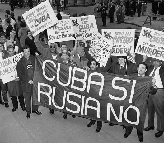 Пикет против режима Фиделя Кастро в Нью-Йорке, 27 апреля 1961 года