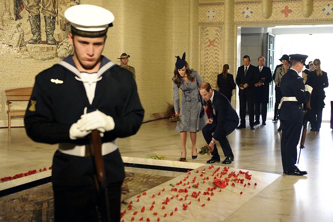 Военный мемориал в Канберре, Австралия, 25 апреля 2014 года