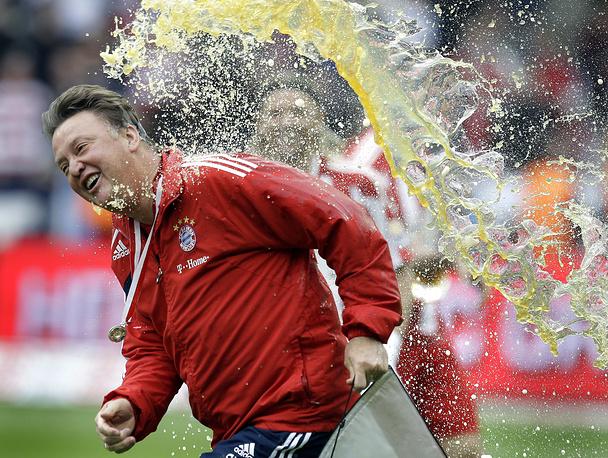 В 2010 году во время празднования победителей Бундеслиги