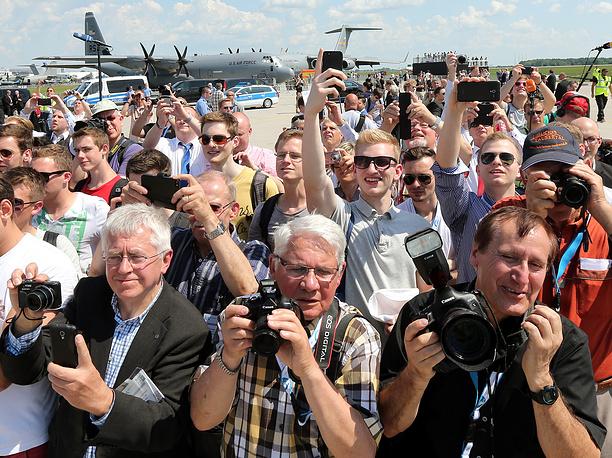 Посетители ILA Berlin Air Show