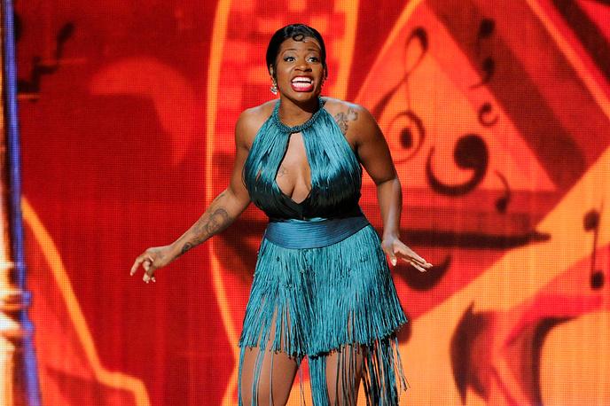 Певица и актриса Фантазия Баррино выступает на церемонии Tony Award