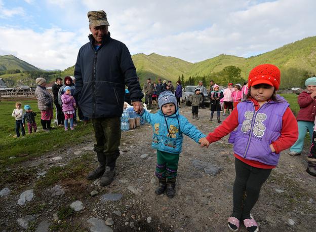 От паводка в Сибири пострадали более 60 тыс. жителей