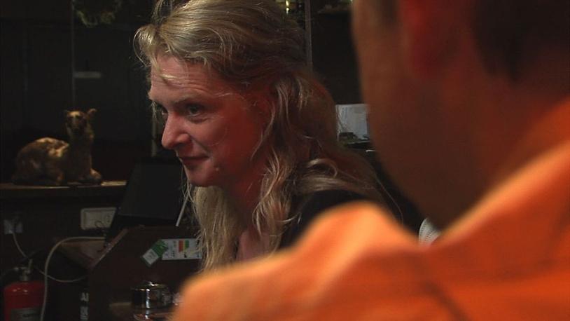 """""""Репортер"""" - новый фильм нидерландского режиссера Тайса Глогера. Ранее Глогер дважды участвовал в ММКФ: в 2009 году его """"Голландия"""" была показана в программе """"8 ½ фильмов"""", а следующая работа - """"Бибоп"""" - участвовала в конкурсе """"Перспективы"""""""