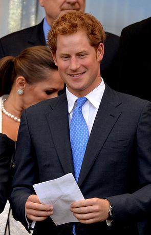 Не помогло англичанам присутствие на матче принц Гарри