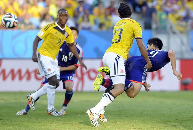 Синдзи Окадзаки подарил японцам надежду, забив гол на последней добавленной к первому тайму секунде