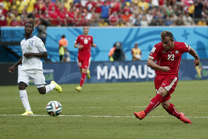 Джердан Шакири увеличил преимущество сборной Швейцарии, поразив ворота сборной Гондураса на 31-й минуте встречи