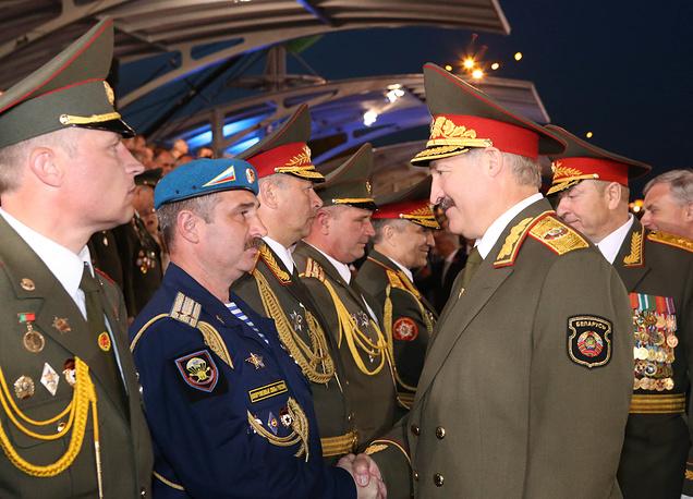 Александр Лукашенко во время празднования Дня независимости в Минске