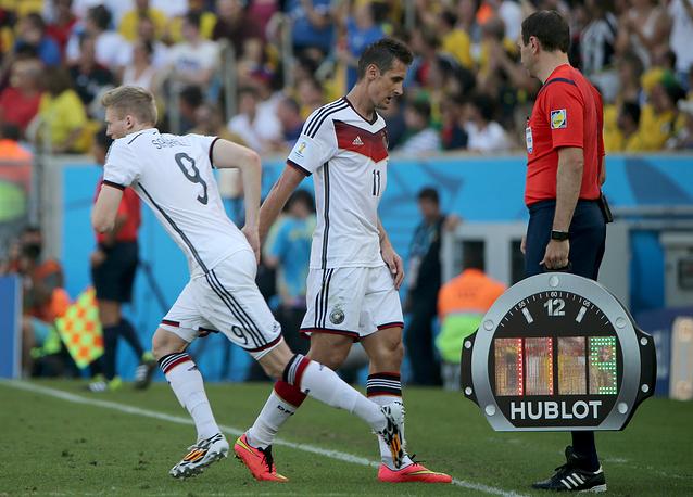 Не смог в этом матче Мирослав Клозе побит рекорд по забитым голам на чемпионате мира. Во втором тайме вместо него вышел Шюррле