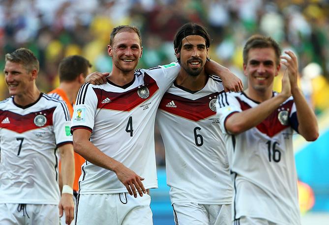 Сборная Германии четвертый раз подряд вышла в полуфинал чемпионата мира
