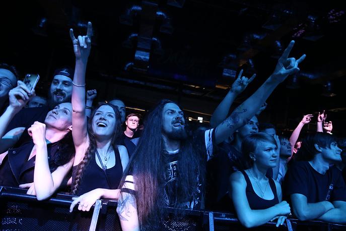 Около тысячи  зрителей  посетили концерт Black Label Society в Санкт-Петербурге
