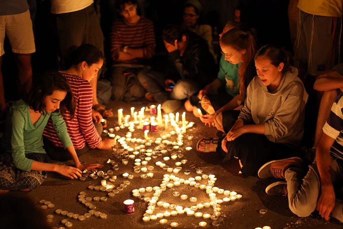 30 июня в Израиле объявлено об обнаружении тел пропавших подростков. Министерство обороны Израиля официально признало погибших жертвами террора