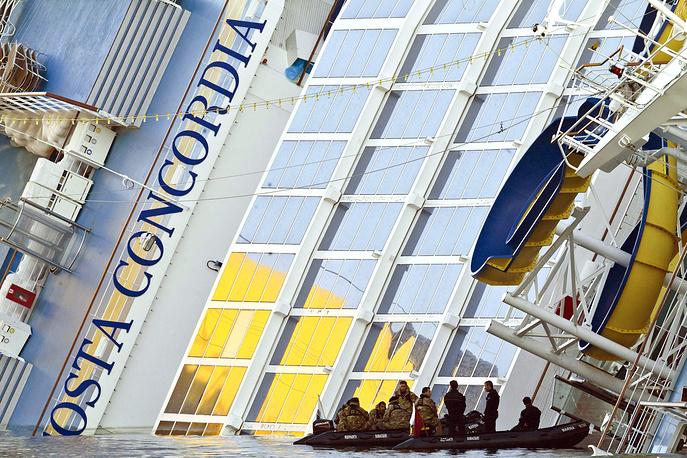 Costa Crociere выплатила всем пассажирам потерпевшего крушение лайнера по €11 тыс.