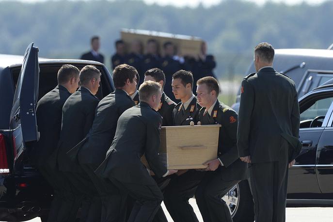 Самолеты вновь отправятся в Харьков за оставшимися телами жертв авиакатастрофы