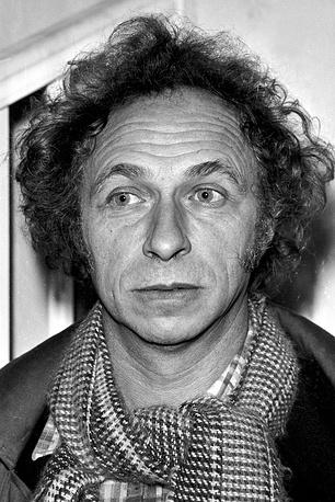 """Хорошо знакомый зрителям по комедиям """"Игрушка"""", """"Укол зонтиком"""" актер Пьер Ришар родился 16 августа 1934 года в городе Валансьен на севере Франции. На фото: 1981 год"""
