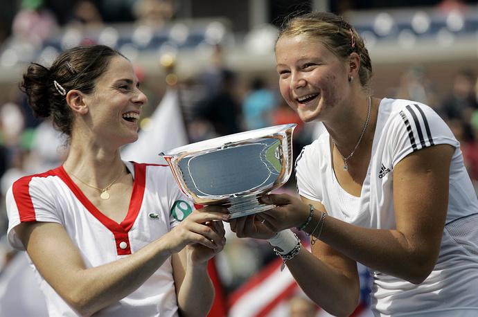 """На следующий год """"дубль"""" оформляет уже француженка Натали Деши, выиграв US Open на этот раз с Динарой Сафиной - сестрой чемпиона 2000 года Марата Сафина"""